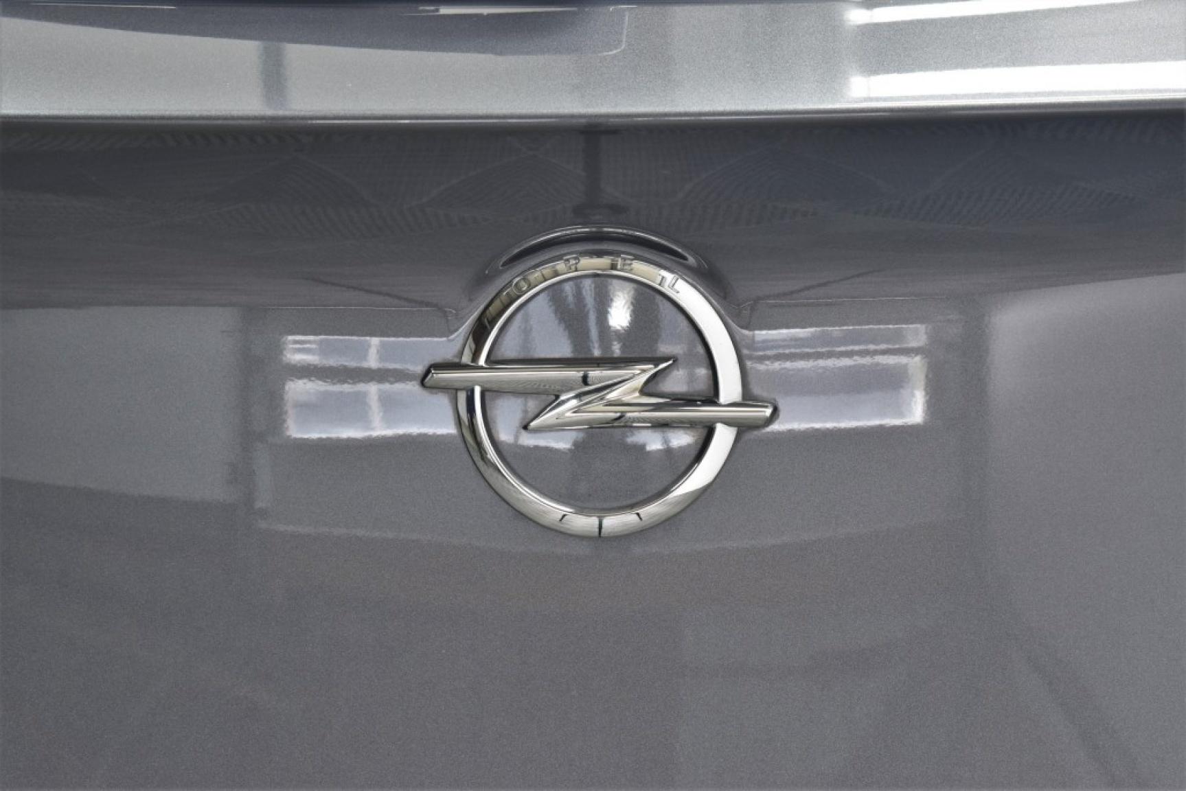 Opel-Grandland X-53