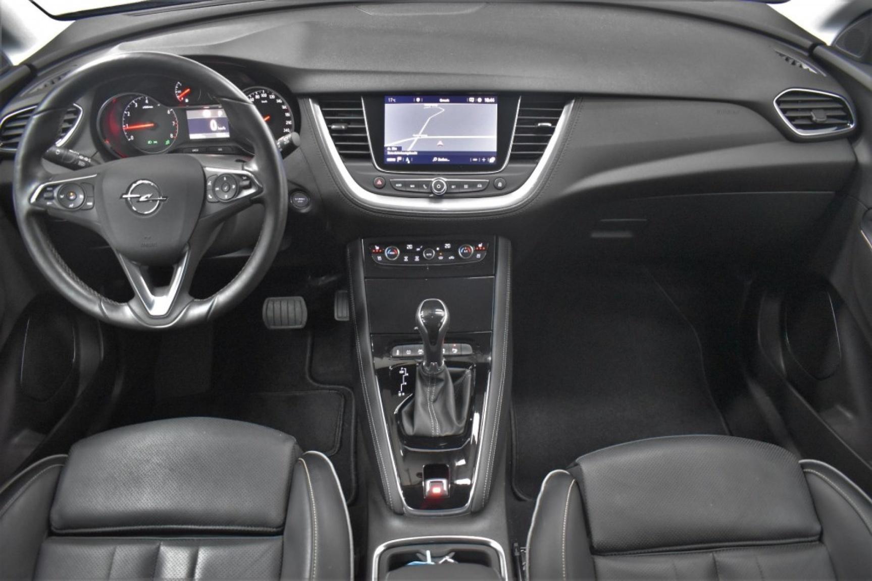 Opel-Grandland X-10