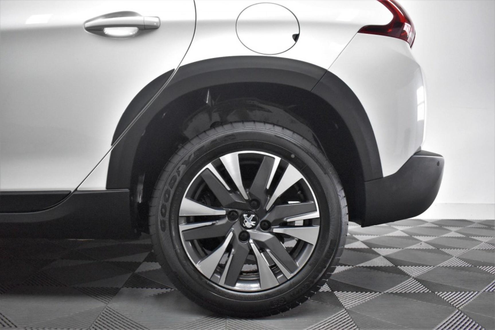 Peugeot-2008-40